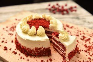 red velvet cake, cake, dessert-4917734.jpg