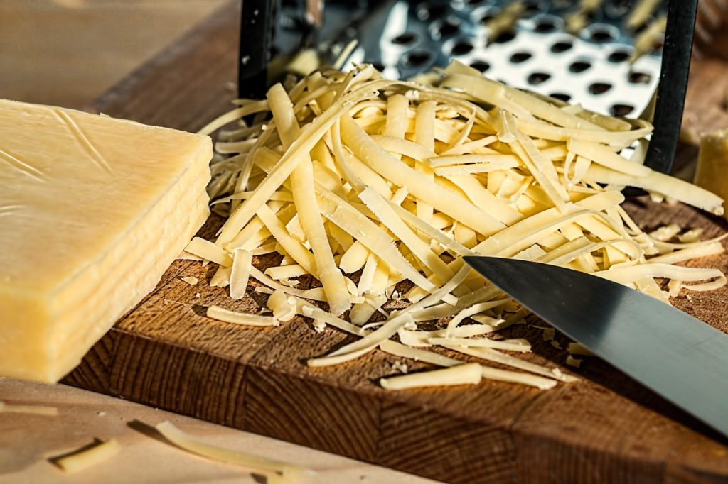 grated cheese, grater, cheese-961152.jpg